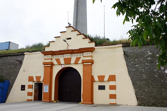 Vchod do súčasnej väznice