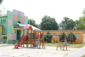 Budova zrekonštruovanej materskej školy.